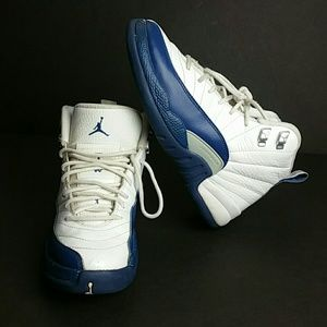 Other - AIR JORDAN RETRO 12 XII YOUTH SHOES