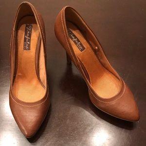 Zara Trafaluc Camel Brown heels size 8