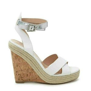 NWT BY CHARLES DAVID Wedged platform Sandals.Size8