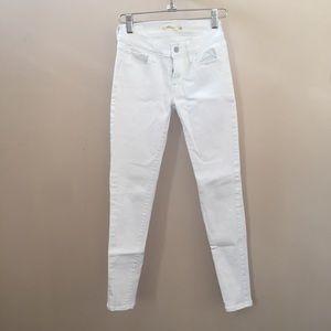 White 710 Super Skinny Levi's jeans