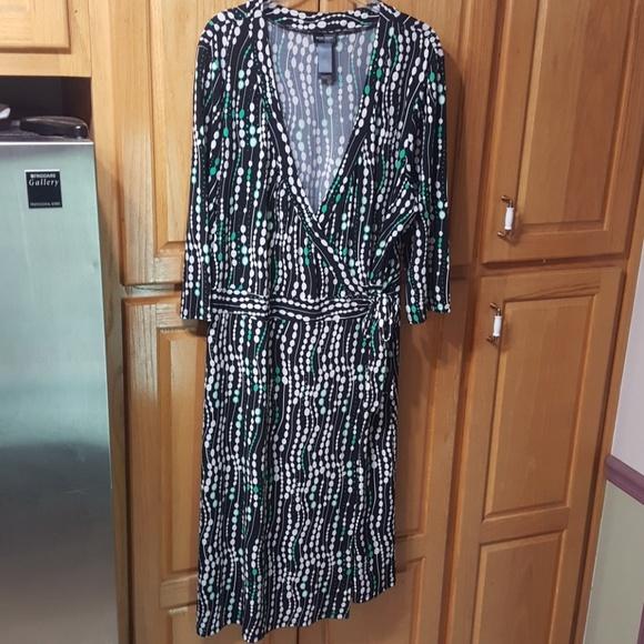 ec5a54356f083 Bisou Bisou Dresses & Skirts - Bisou Bisou Plus Size Wrap Dress Size 22