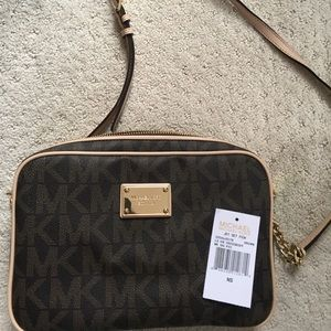 Micheal Kors East/West Large Crossbody