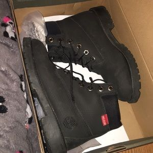Black water proof timbs
