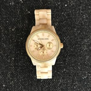 Michael Kors Jetset Mother Of Pearl Watch