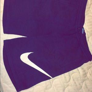 Nike Shorts (L) Navy Blue