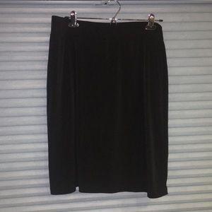 Fashion staple stretchy A-line skirt