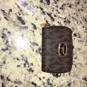 Michael Kors key case coin wallet