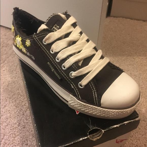 02b7c9bf3d458 Bitter   Twisted Sneaker from Lady Foot Locker