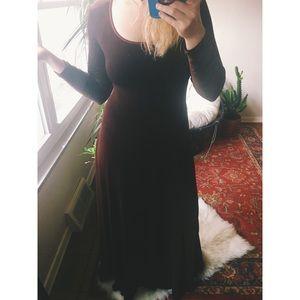 VINTAGE | Classic Velvet Gown