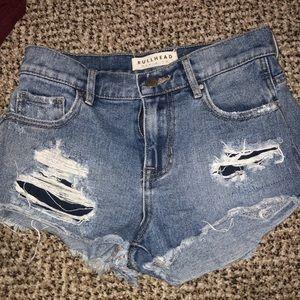 bullhead high rises jean shorts