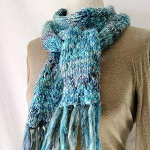 #hundredsofscarves: HANDMADE Skinny Knit Scarf