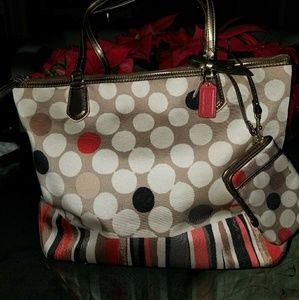 New COACH Satin and Leather XL Tote FREE Wristlet