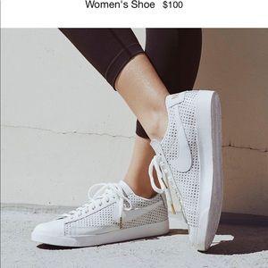 Nike Blazer Premium Low, white leather