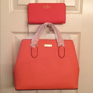 Authentic NWT Kate spades purse and wallet