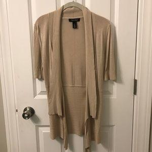 EUC Tan/Oatmeal short sleeved WHBM sweater