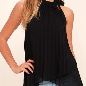 Lulu's Black Pleated Sleeveless Top