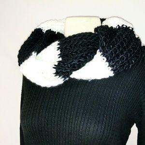 #hundredsofscarves: CATO Knit Infinity Scarf