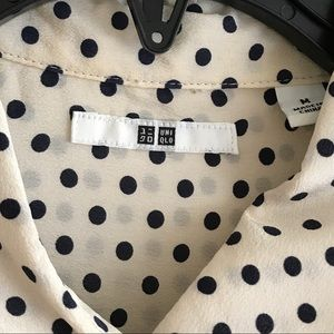 eff239d85303e2 Uniqlo Tops - Uniqlo polka dot Silk blouse size M