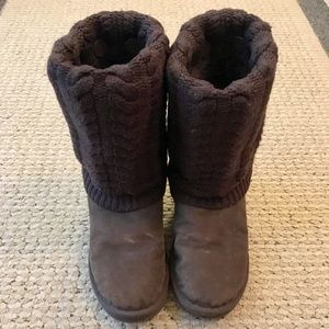 UGG Brown Boots with Sweater Cover