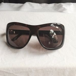 NWT Tom Ford Tatiana Tortoise Shell Sunglasses