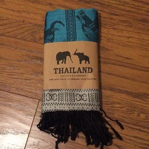 New: scarf