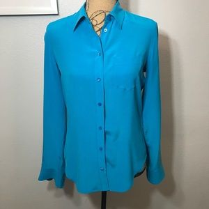 Equipment Femme silk Solid Blue Blouse Size Small