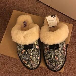 NIB UGG Scuffette Liberty Slippers / Women Size 8