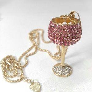 Betsy Johnson NWOT wine glass rhinestone necklace