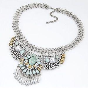 Graceful Resin Gem & Rhinestone Necklace