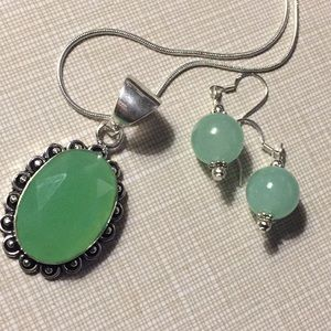 Beautiful gemstone green chalcedony Jade Set