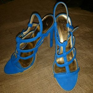 Deep blue size 10 Qupid heels