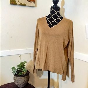 Gap V-neck Raglan Sweater Size M