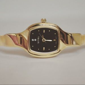 Sicura Quartz Lady's Gold Plated Watch-SJD1982BK
