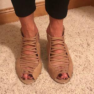 Also Wedge heels
