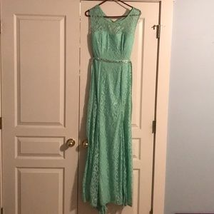 Green Lace Formal Prom Dress