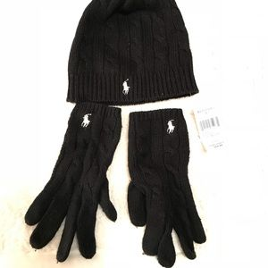 Beanie and gloves matching set