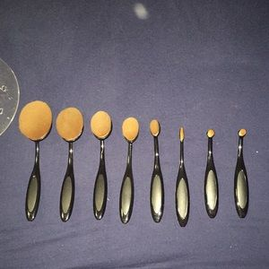 8 piece makeup brushes with stand