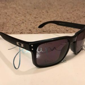 Oakley Holbrook Men's Sunglasses !