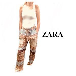 Zara Wide Legged Multi Print Pants Size Small