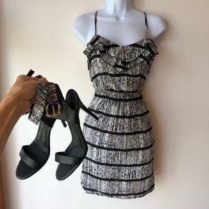 Mini dress, black & white dress, dress w/ pockets