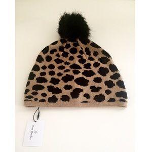 NWT Vera Bradley Leopard Print Cozy Knit Hat