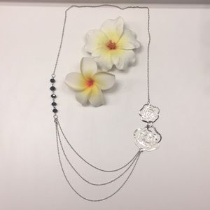 Jewelry - 🌹Metal Rose Black Bead Silver Necklace (No Clamp)