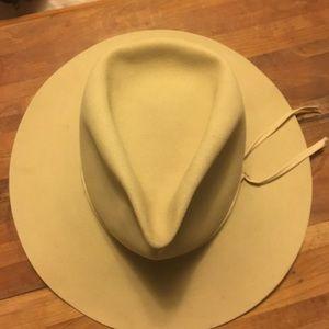 Tan Stetson hat
