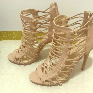 Date night heels 😍