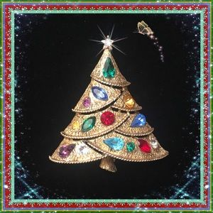Gorgeous VTG Christmas Tree Brooch Signed (c)JJ