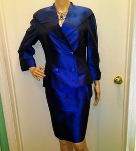 ESCADA 6 REGAL BLUE SILK LOGO PRINCESS SKIRT SUIT