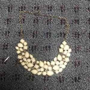 Mudd Cream Necklace