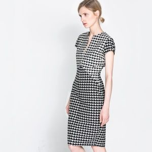 {zara} houndstooth checkered sheath dress