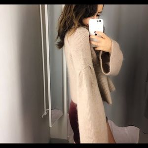 H&M TAN FUZZY SWEATER WITH BELL SLEEVES 🔔