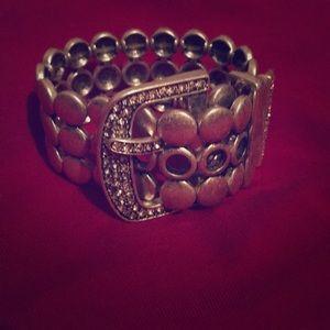Premier buckle bracelet